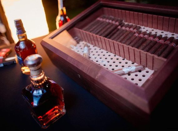 10 cognac & cigar bar